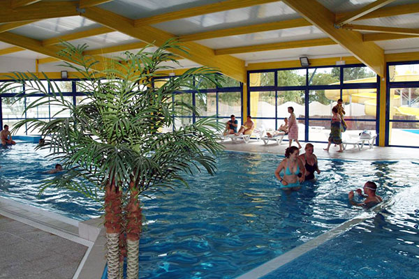 10 campings fabuleux ouverts toute l 39 ann e toocamp for Camping la tremblade avec piscine