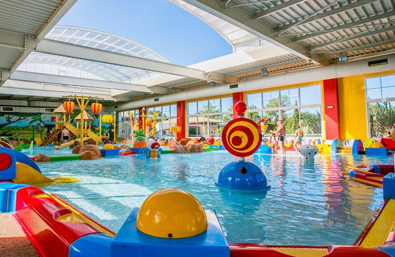 Le top 5 des videos de campings avec piscine couverte Camping avec piscine dans les landes