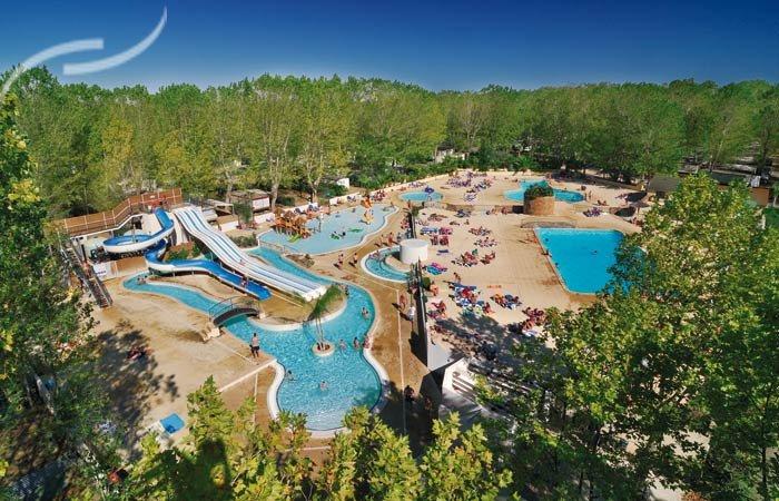 Top camping parc aquatique languedoc roussillon for Camping en languedoc roussillon avec piscine