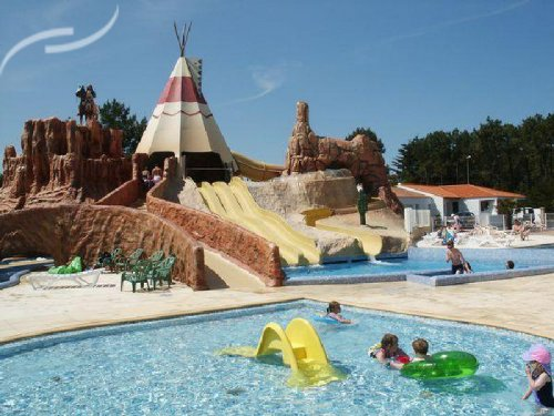 Camping saint jean de monts le guide for Piscine de saint jean de monts