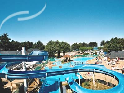 Camping quiberon piscine location mobil home quiberon for Camping piscine quiberon