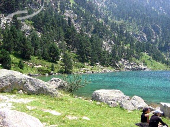 Camping hautes pyr n es la nature envoutante for Camping haute pyrenees avec piscine