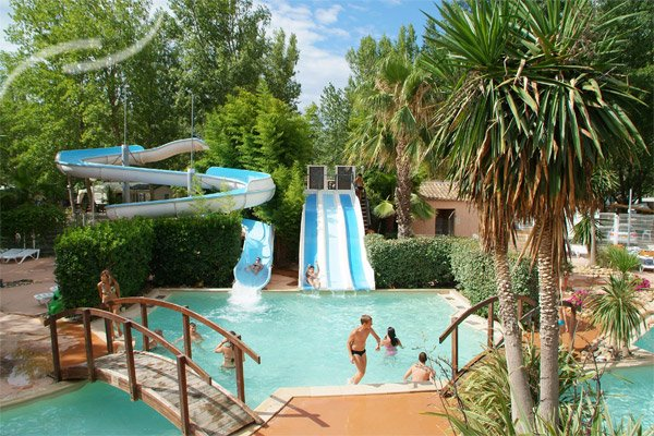 Camping h rault le guide du camping for Camping a marseillan plage avec piscine