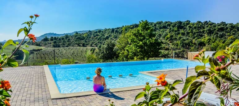 Domaine de chadeyron 4 toiles lagorce toocamp for Camping ardeche 2 etoiles avec piscine