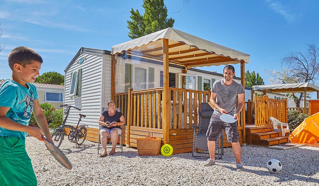 camping pas cher comparatif des campings les moins chers. Black Bedroom Furniture Sets. Home Design Ideas