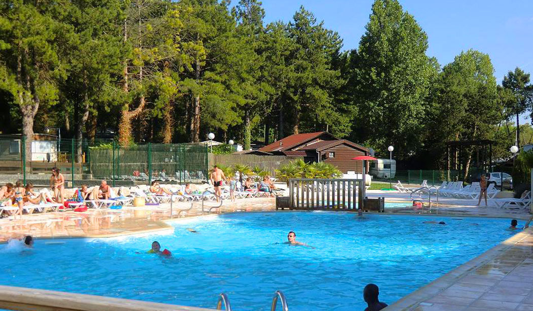 Camping dunkerque avec piscine camping alsace avec for Camping hyeres avec piscine
