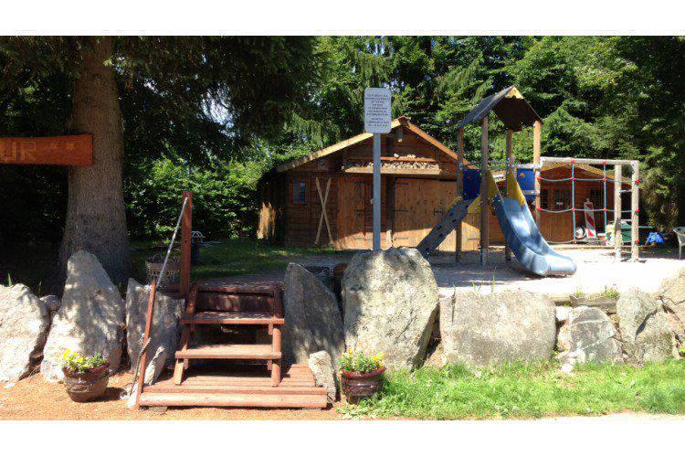 Camping avec piscine la bresse for Camping lorraine avec piscine