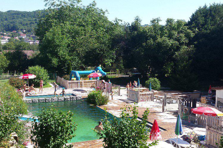Camping franche comt parc aquatique 8 campings for Piscine franche comte