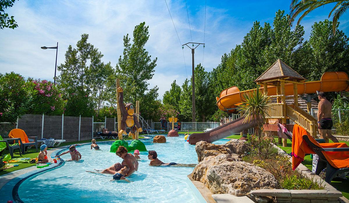 À Sérignan Aquatique7 Camping Campings Comparer Parc XiOkPuZ