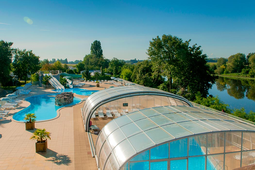 Camping indre et loire avec piscine for Camping touraine piscine couverte
