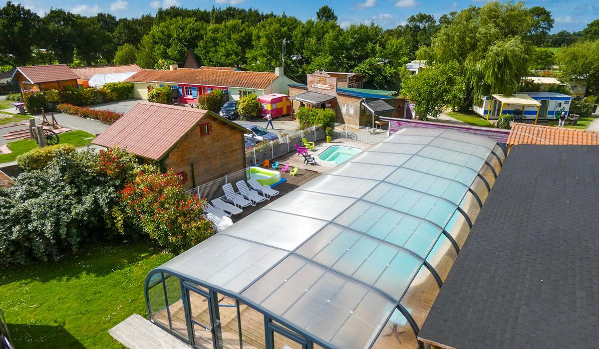 Camping avec piscine challans for Camping pays de la loire avec piscine