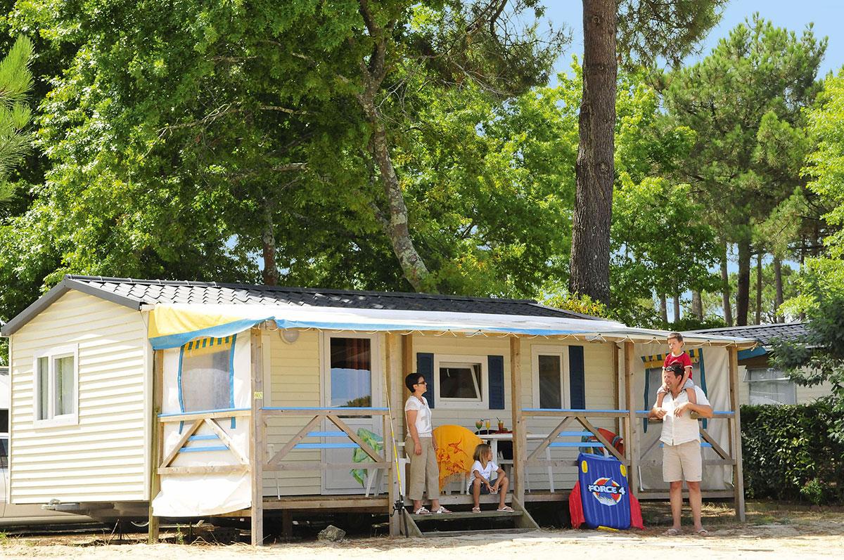 camping navarrosse 4 toiles biscarrosse toocamp. Black Bedroom Furniture Sets. Home Design Ideas