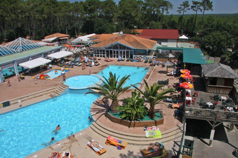 Camping arnaoutchot resort spa domaine naturiste 3 for Camping aquitaine avec piscine