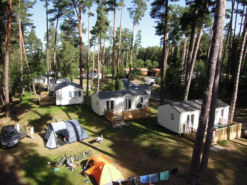 Camping clermont ferrand pas cher for Camping clermont ferrand avec piscine