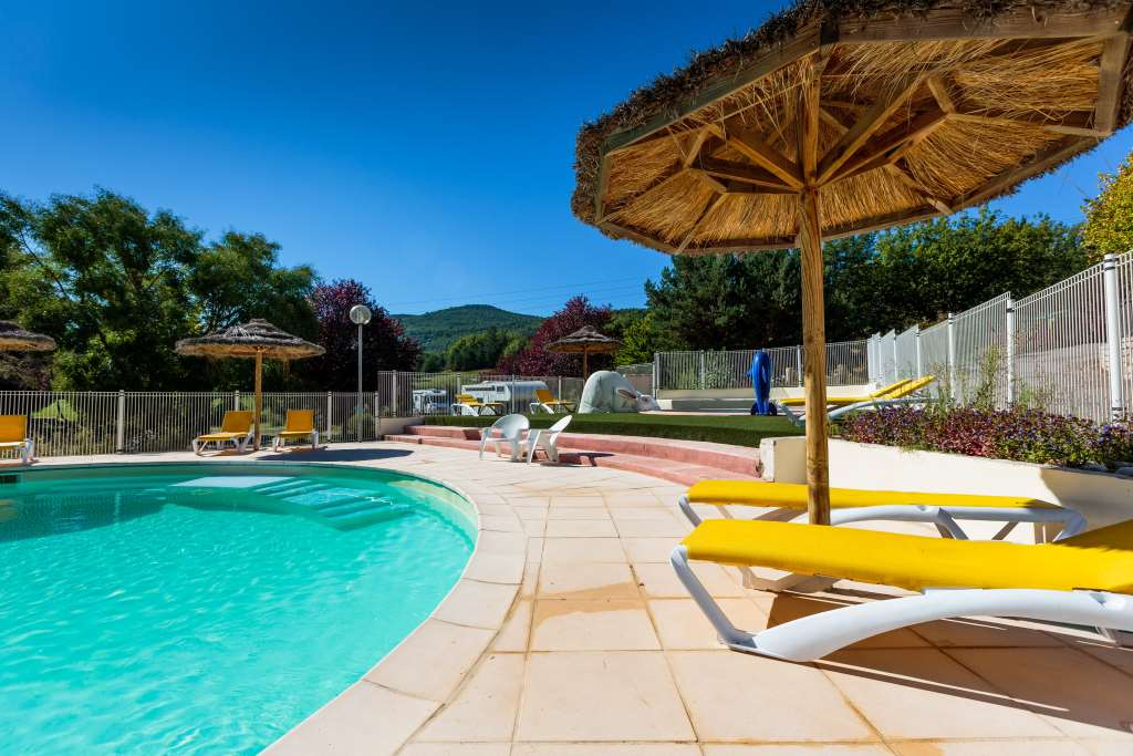 Camping lac de sainte croix 86 campings proches du lac for Camping verdon piscine
