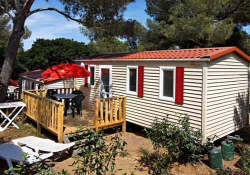 Camping bonporteau 4 toiles cavalaire sur mer toocamp for Camping cavalaire sur mer avec piscine