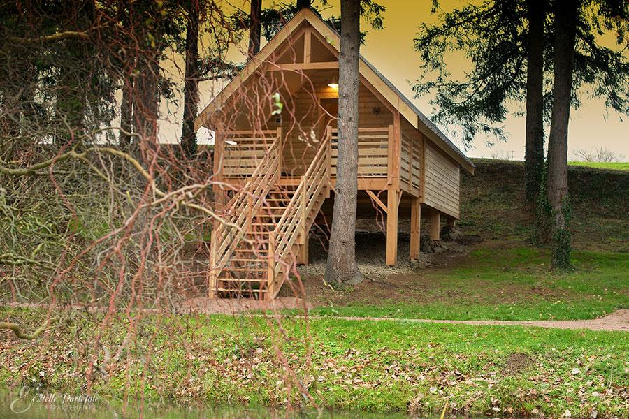 camping cabanes de la petite sapini re 1 toiles voussac toocamp. Black Bedroom Furniture Sets. Home Design Ideas