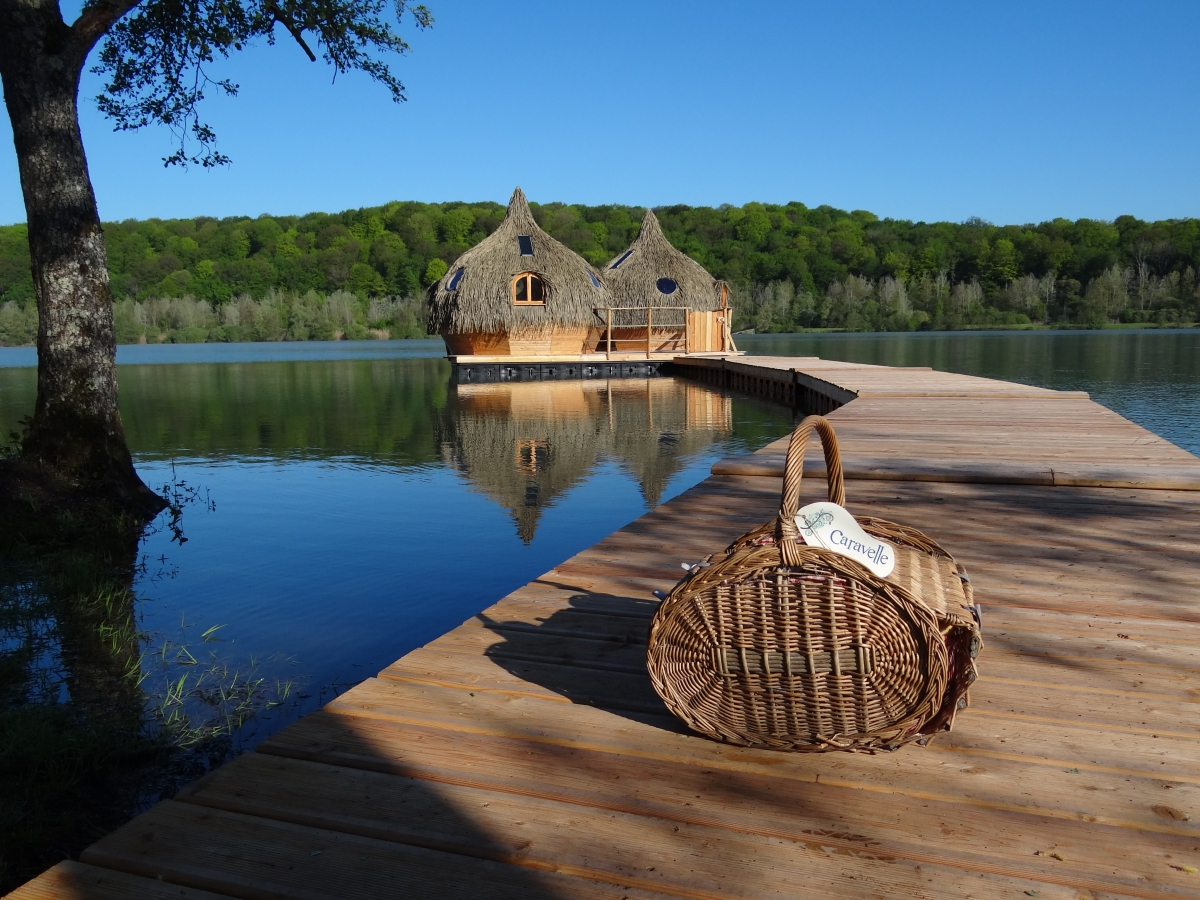 camping cabanes des grands lacs 1 toiles chassey l s montbozon toocamp. Black Bedroom Furniture Sets. Home Design Ideas