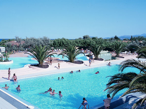 Camping - Cala Gogo - Saint-Cyprien - Languedoc-Roussillon - France