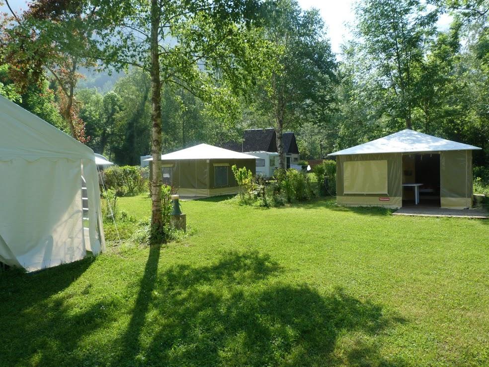 Camping bagn res de luchon 3 campings et 32 aux - Office de tourisme de bagneres de luchon ...