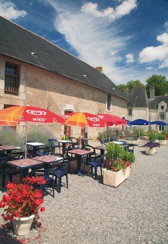 Camping ch teau du deffay 4 toiles pontch teau toocamp for Piscine pontchateau