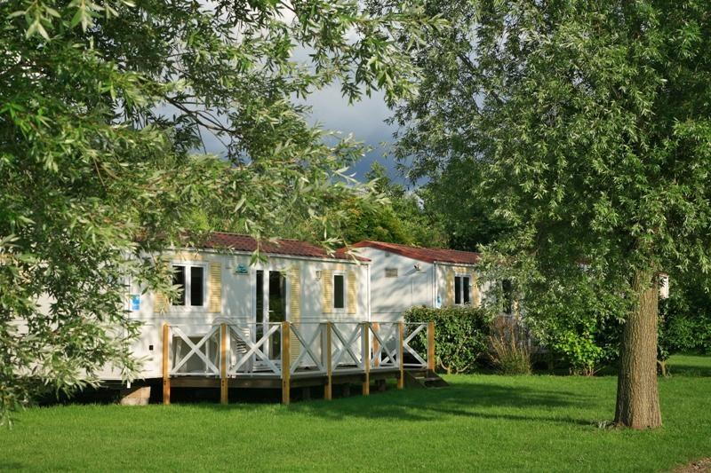 Camping ch teau du gandspette 4 toiles perlecques for Camping nord pas de calais avec piscine