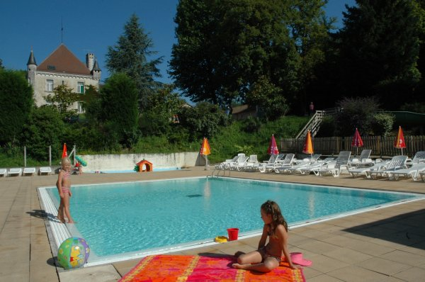 Design piscine bassin romain 33 montreuil piscine for Piscine montreuil