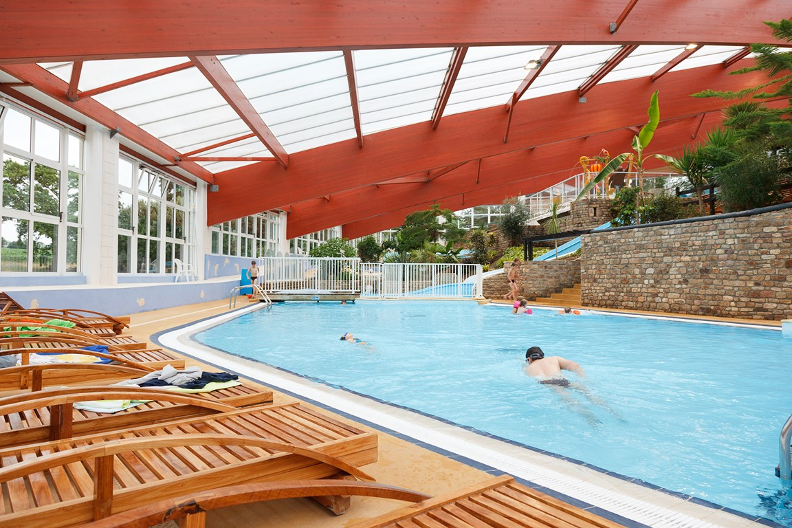 Camping ch teau lez eaux 5 toiles saint pair sur mer for Camping avec piscine normandie