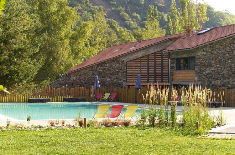 Camping cosycamp 4 toiles chamali res sur loire toocamp for Chamalieres piscine