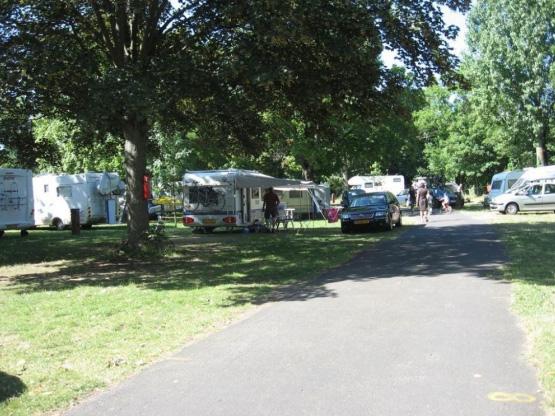 Camping le puy en velay 1 campings et 39 aux alentours for Camping le puy en velay avec piscine