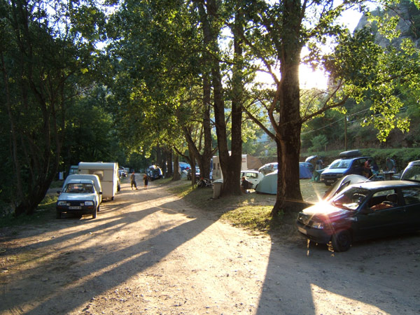 Camping mende 2 campings et 55 aux alentours toocamp for Camping lozere piscine