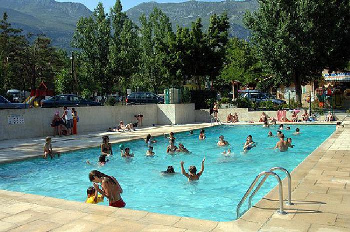 Camping des gorges du verdon 4 toiles castellane toocamp for Camping gorges du verdon avec piscine