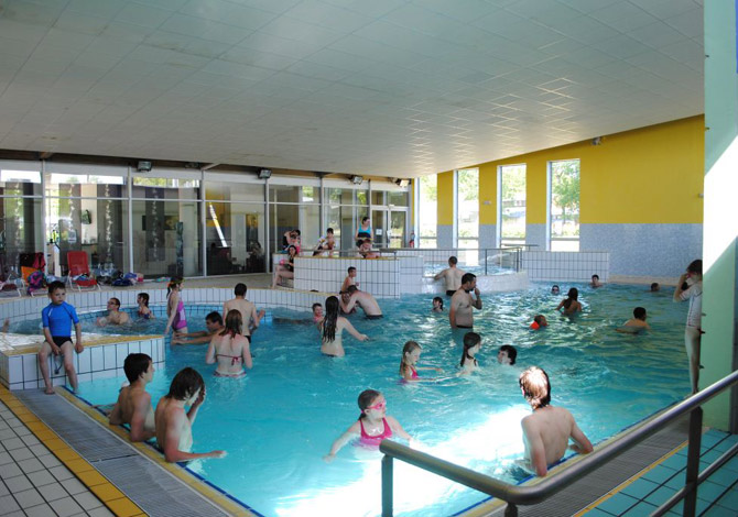Camping champagne ardennes pas cher les campings les for Camping champagne ardennes avec piscine