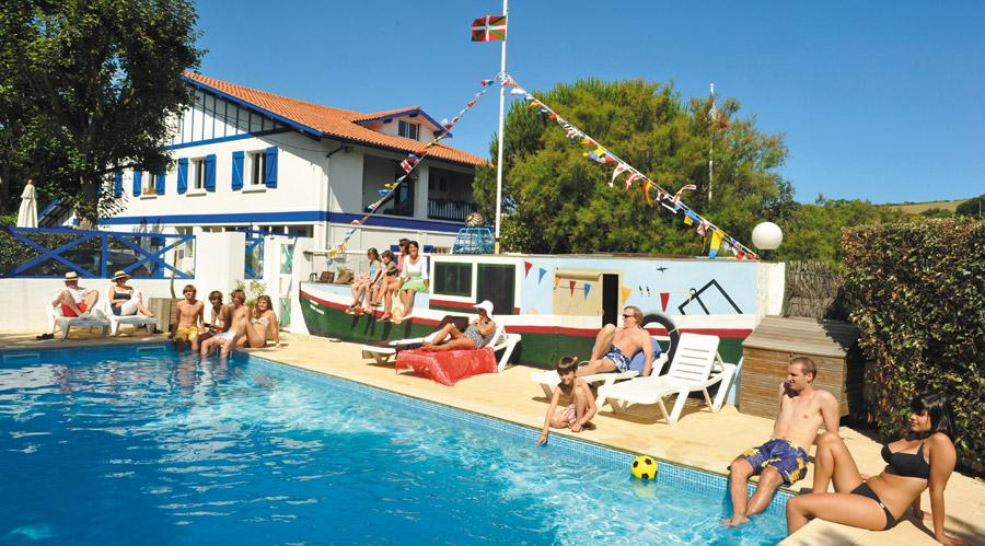 camping luz saint sauveur avec piscine - camping avec piscine saint jean de luz