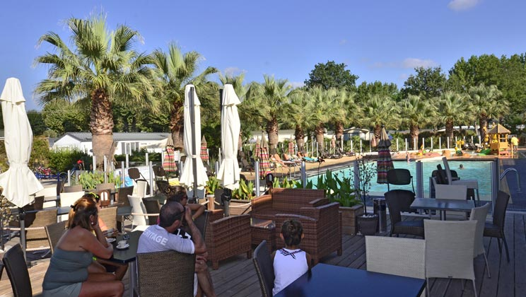 Camping holiday marina 5 toiles grimaud toocamp - Camping port grimaud 5 etoiles ...