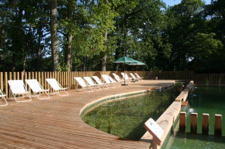 Camping rambouillet 3 toiles rambouillet toocamp for Rambouillet piscine