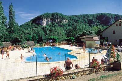 Camping dordogne pas cher for Camping dordogne avec piscine pas cher