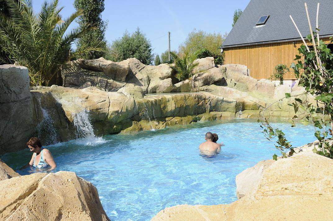 Camping villerville for Camping cabourg piscine