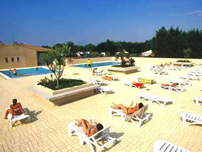 Camping avec piscine carcassonne - Camping carcassonne avec piscine ...