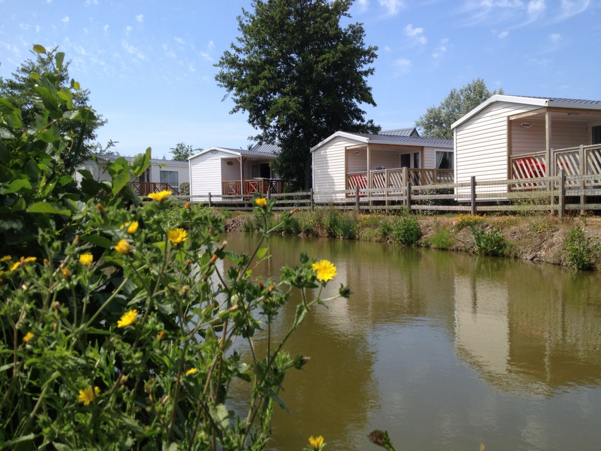 Camping portbail pas cher for Camping basse normandie avec piscine