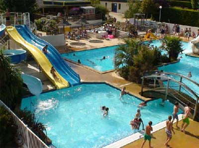 Camping 5 toiles fouesnant et camping 4 toiles fouesnant for Camping la foret fouesnant avec piscine