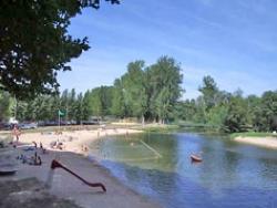 Camping La Dordogne Verte 3 étoiles - Saint-Aulaye - Toocamp