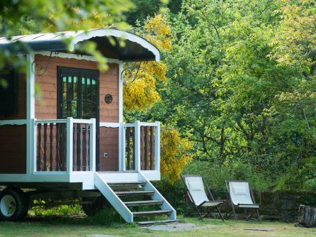 camping la vall e de pratmeur 1 toiles quistinic toocamp. Black Bedroom Furniture Sets. Home Design Ideas
