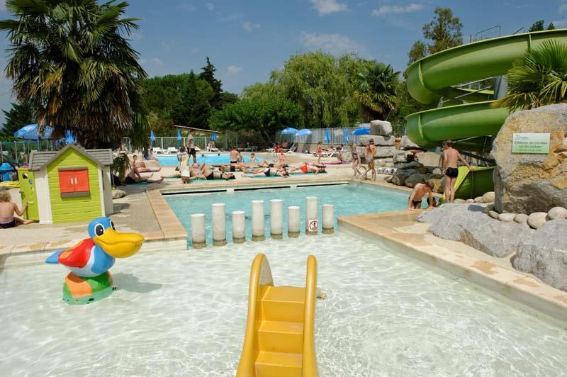 Camping ardeche 3 etoiles parc aquatique for Camping avec piscine ardeche