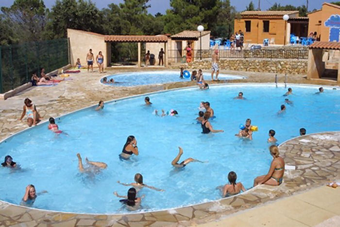 Camping avec piscine saint aygulf for Piscine st meen le grand