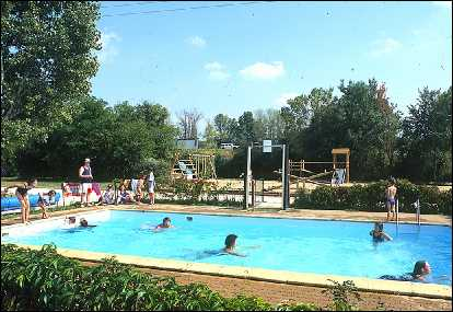 Camping amboise 1 campings et 34 aux alentours toocamp for Camping jardin botanique