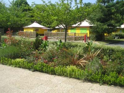 Camping le jardin de sully 3 toiles saint p re sur for Camping jardin de sully saint pere sur loire 45