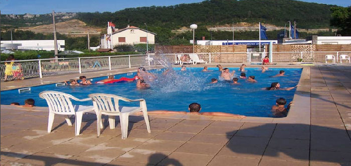 Camping avec piscine pamiers for Camping carcassonne avec piscine