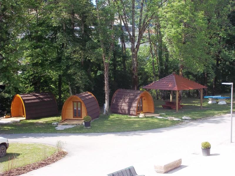 Camping les rousses 2 campings et 61 aux alentours toocamp - Camping thonon les bains avec piscine ...