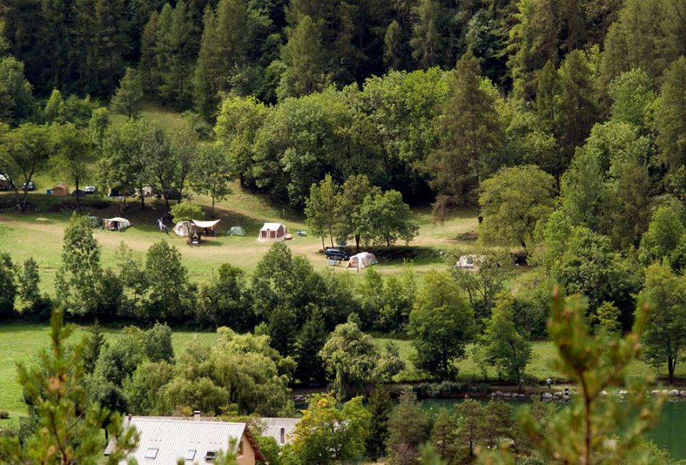 Camping barcelonnette 3 campings et 78 aux alentours for Camping mercantour piscine